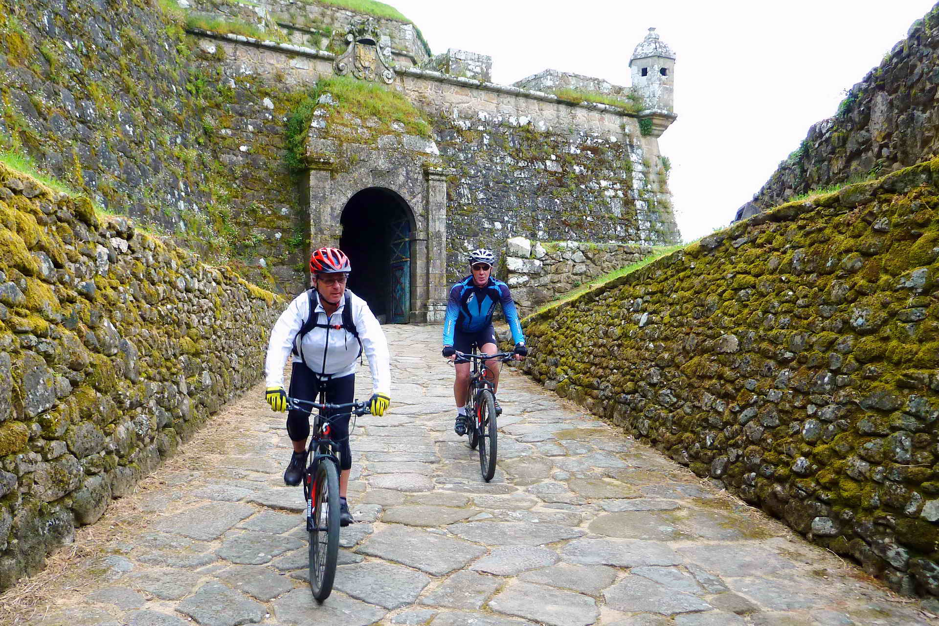 cycling the camino, st. james way, portugal bike